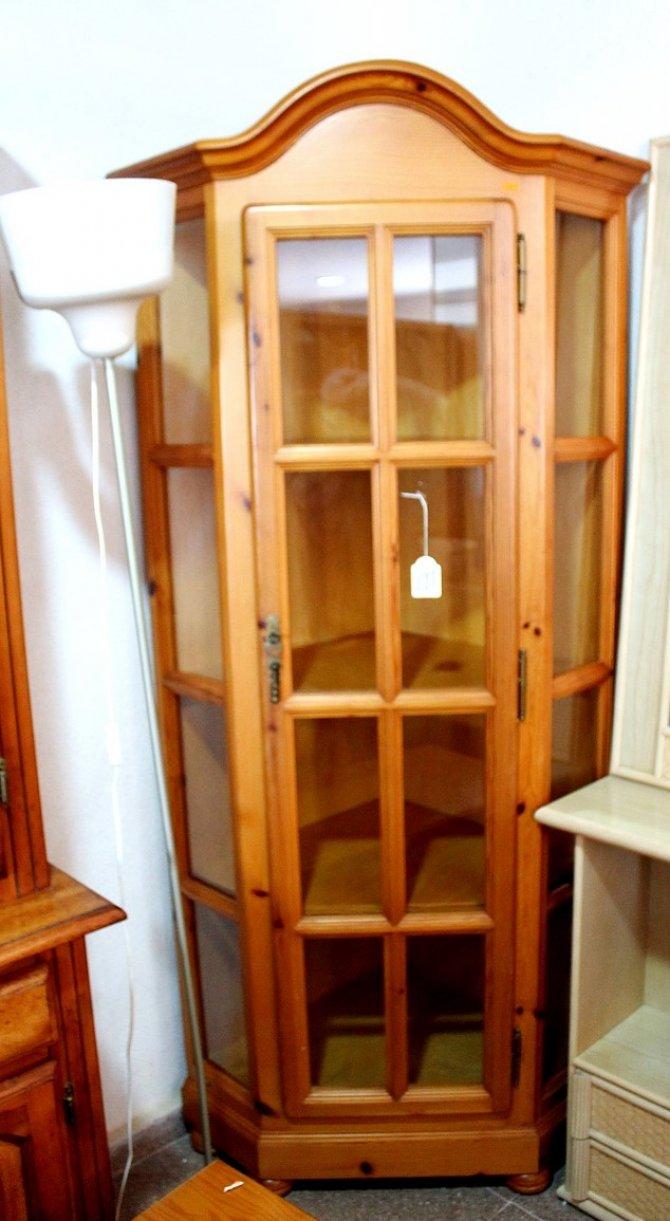 Second-hand furniture Corner Cabinet, Torrevieja, Spain