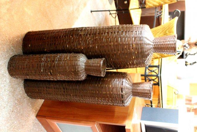 Second-hand furniture Set of vases, Torrevieja, Spain
