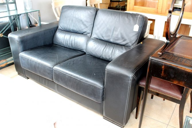 Second-hand furniture Leather Sofa, Torrevieja, Spain