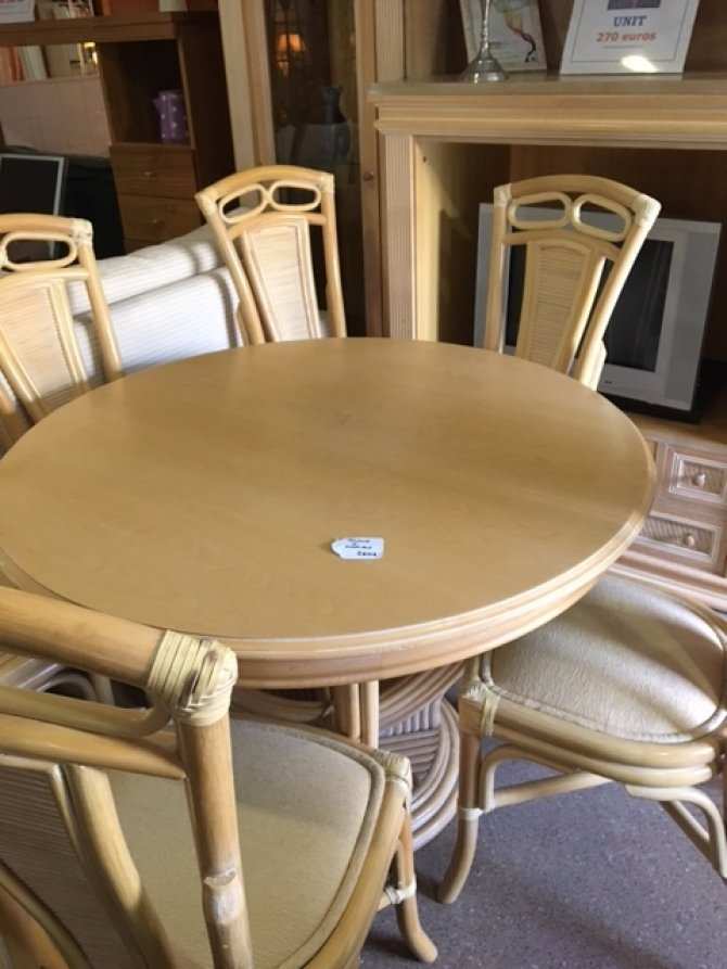 New2you furniture second hand dining room furniture - Second hand dining room tables ...