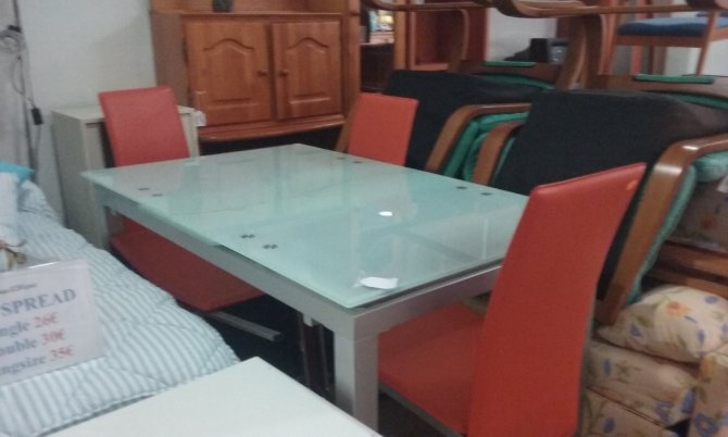 Second-hand furniture Table and 6 Chairs, Torrevieja, Spain