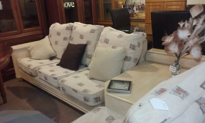 Second-hand furniture Corner Sofa and Table, Torrevieja, Spain