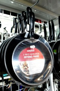 Saucepans/frying pans for sale, Torrevieja, Spain